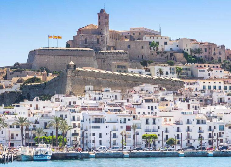 el puerto de Ibiza